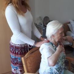 Yoga mit Demenz im Sitzen